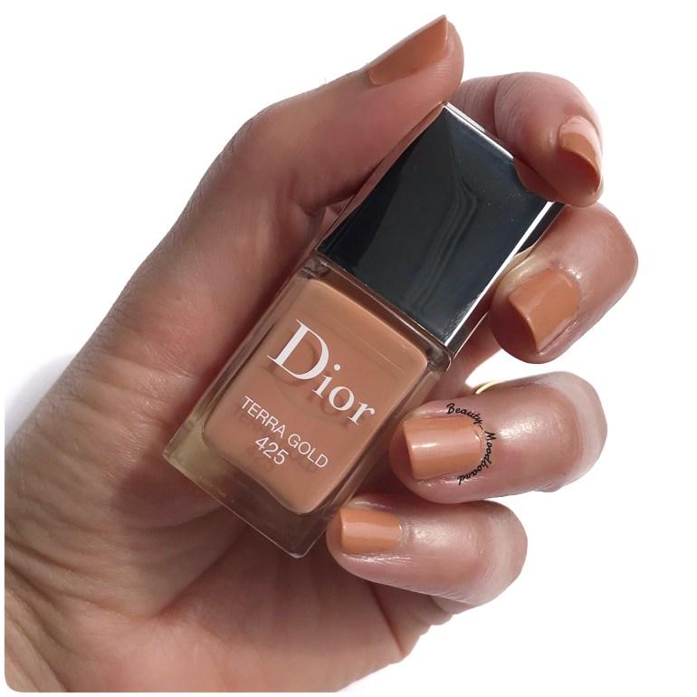 Swatch Vernis Couleur Beige Nude Summer Look 2019 Dior