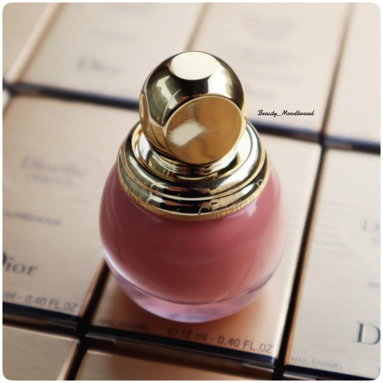Vernis Dior de couleur nude rose Noël 2019