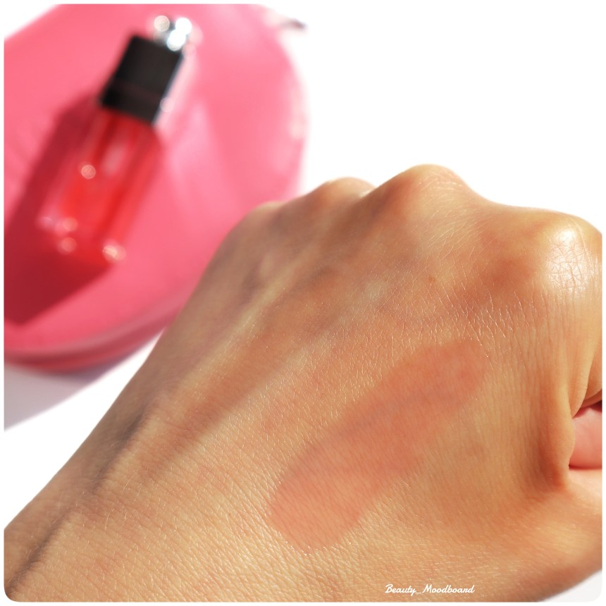 Swatch Dior Lip Glow Oil teinte Cherry 015