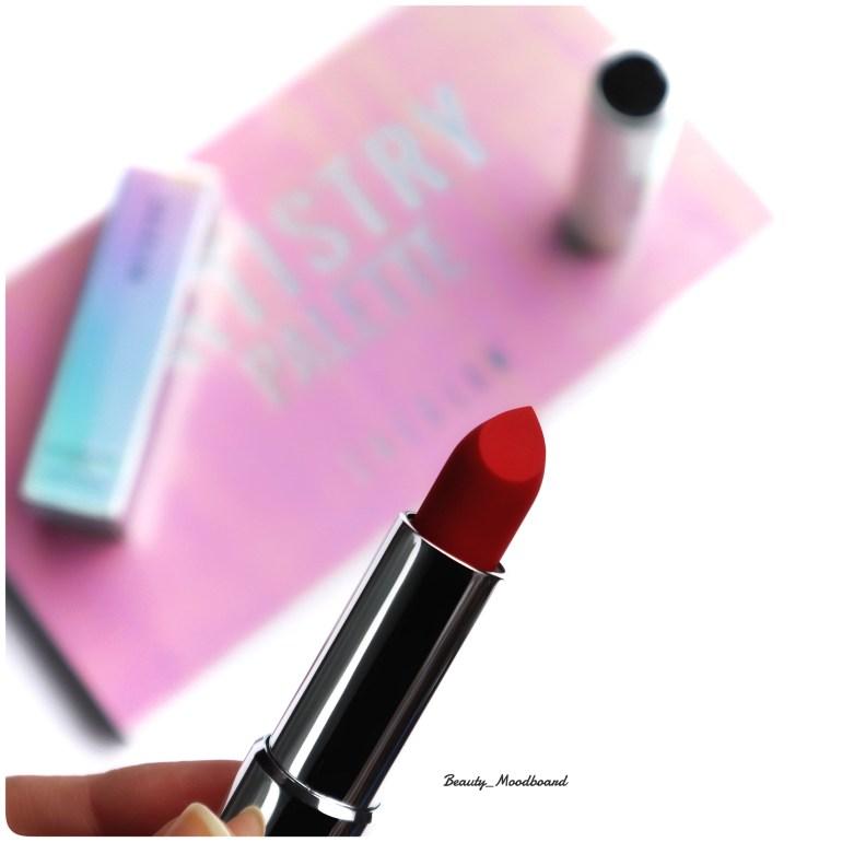 Sheglam rouge à lèvres Fearless Kiss Matte Lipstick en Classic Red