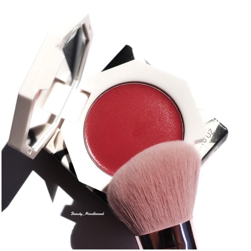 Nouveau fard à joues crème polyvalent fenty et pinceau sculptant visage 125
