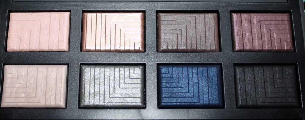 Close up Dual Intensity Palette