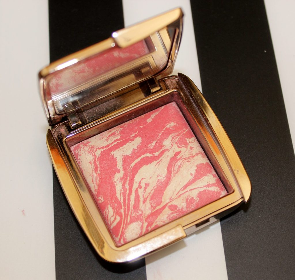 Hourglass Ambient Lighting Blush Diffused Heat