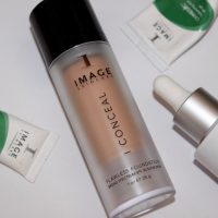 Image I Conceal Flawless Foundation