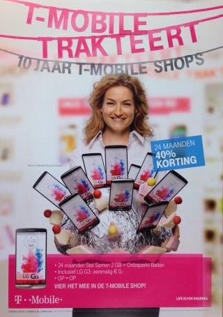 T-mobile Trakteert Poster
