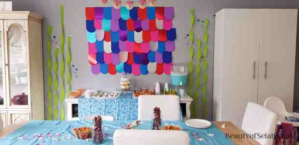Rainbow Fish Party Scale wale and table