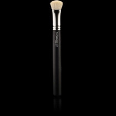 Mac 217 make-up brushes