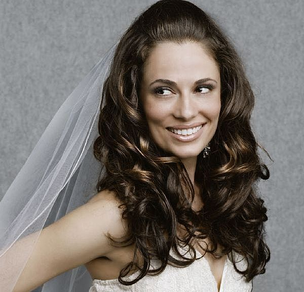 curly-wedding-hairstyles-2
