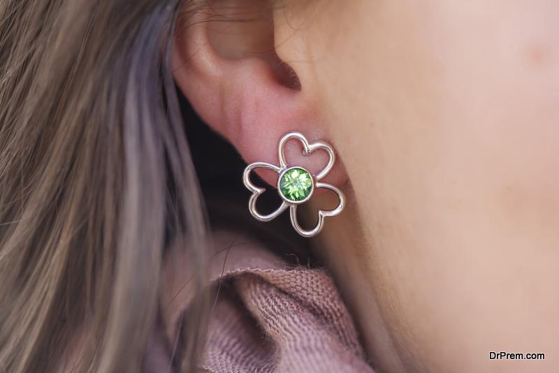 Flower-shaped earrings