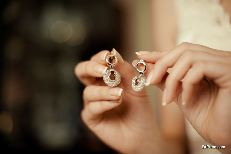 Right Earrings for Your Face