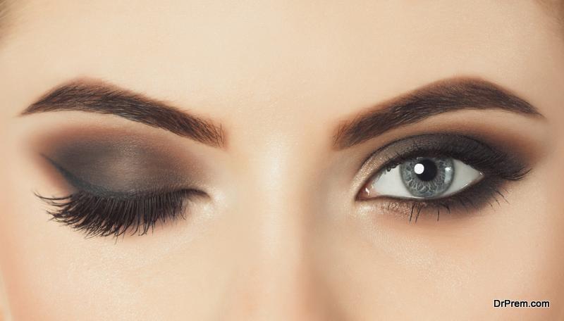 Eyelashes-keeps-Eyes-Moist
