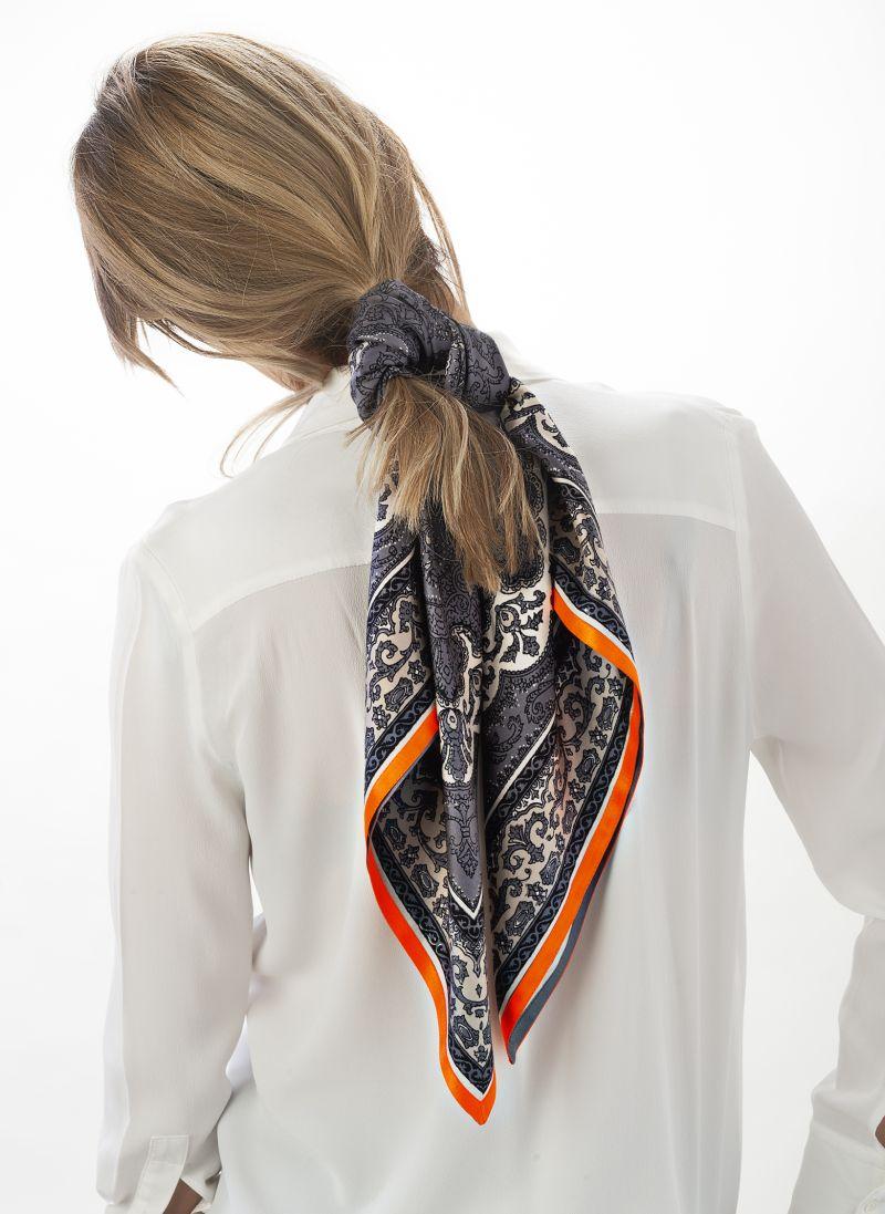Foulard fabrics and designs