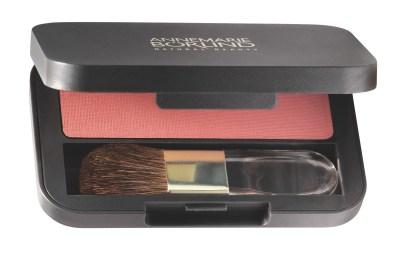 4011061506222_ANNEMARIE BÖRLIND Powder Rouge coral_Pressformat_1199