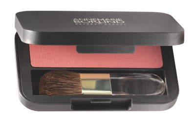 4011061506222_ANNEMARIE BÖRLIND Powder Rouge coral_Pressformat_1199