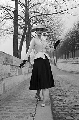"""1947 Il """"New Look"""" di Christian Dior"""