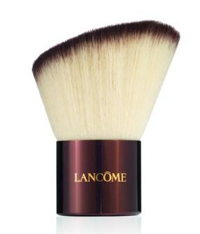 make-up-Agostina-De-Angelis-National-Make-up-artist Lancome-KABUKI