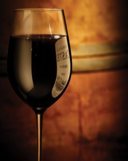 Beauty-routine-Andrea-Spezzigu-red-wine-glass