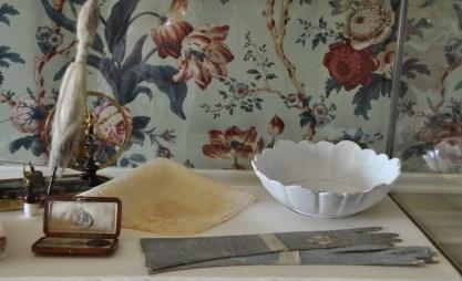 I guanti di Maria Antonietta custoditi nel Petit Trianon