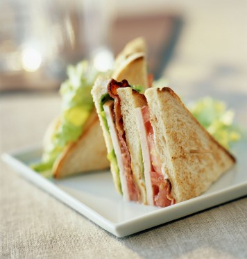 HOTELS.COM - Let the Almighty Club Sandwich Guide Your Travels