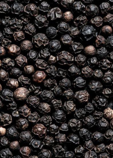Rosa-Nobile-profumo-Acqua-di-Parma-pepe-nero