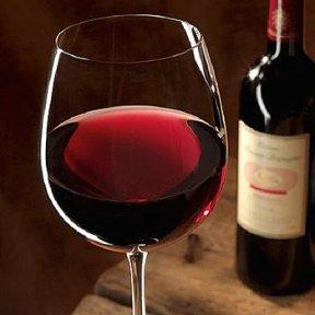 beauty-routine-vera-bosisio-vino-rosso