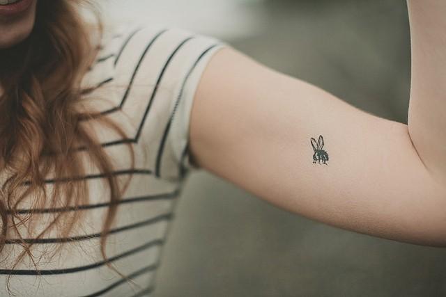 tatuaggi-femminili-ape