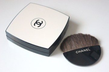 Beauty-routine-Daniela-Baffi-fondotinta-les-beiges-chanel