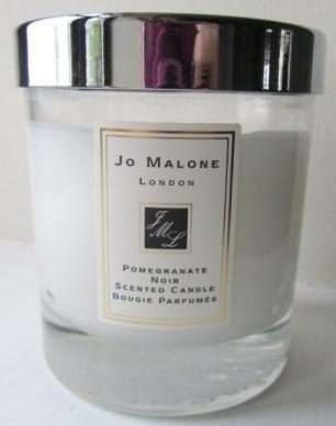 Beauty-routine-Lucrezia-Morleo-jo_malone_pomegranate_noir
