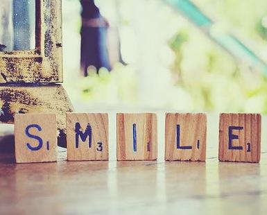 Beauty-routine-Samantha-Scaloni-smile