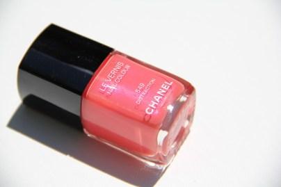 Beauty-routine-Luana-Dimonte-smalto-chanel