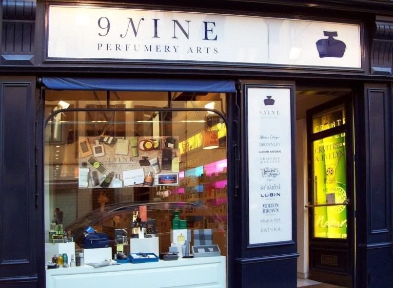 Nine-Perfumery-Arts-profumerie-esterno