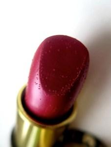 beauty-routine-vania-saponaro-DR HAUSCHKA LIP 2
