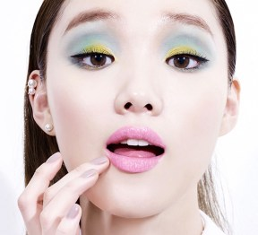 corea-skincare-make-up-moonshot-2