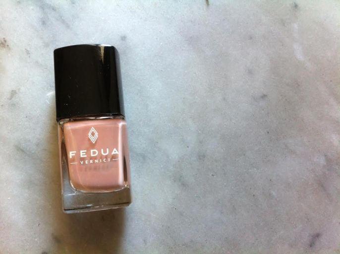beauty-routine-serena-archetti-fedua-cosmetic-smalti