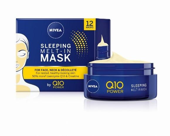 Нощна маска NIVEA Q10 Power против бръчки, обогатена с формула с Q10 и креатин.