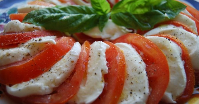Blog vin Beaux-Vins oenologie dégustation salade caprese tomates mozarella
