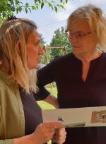 Frau Lindner und Frau Lambrecht