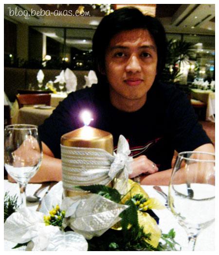 Candlelight dinner kah?