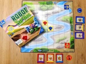 componentes del juego de mesa de tablero y cartas Robot Turtles de ThinkFun