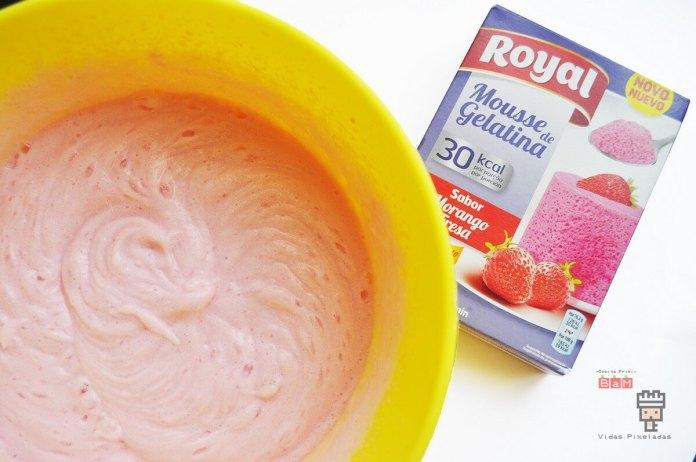 Mousse de gelatina rosa
