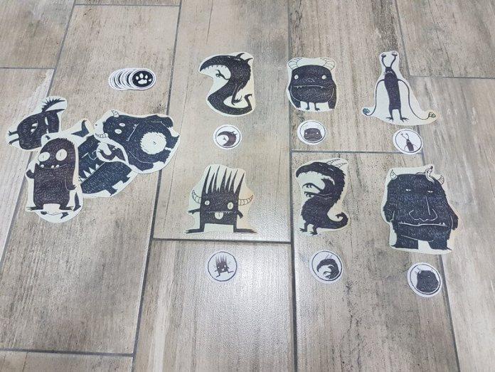 Monstruos y huellas de Monstruos aventura de ejemplo de Pequeños Detectives de Monstruos