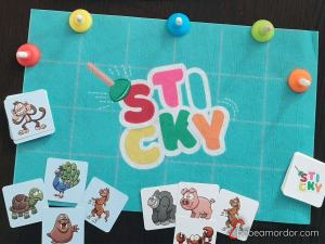 componentes del juego de mesa sticky