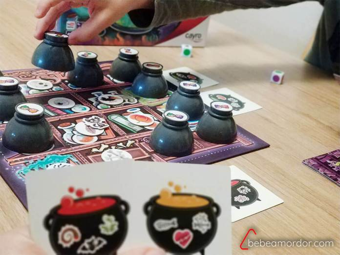 cartas y juego Pozimus