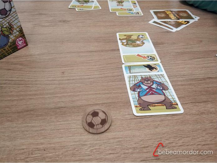 cartas enfrentadas penalties juego de mesa