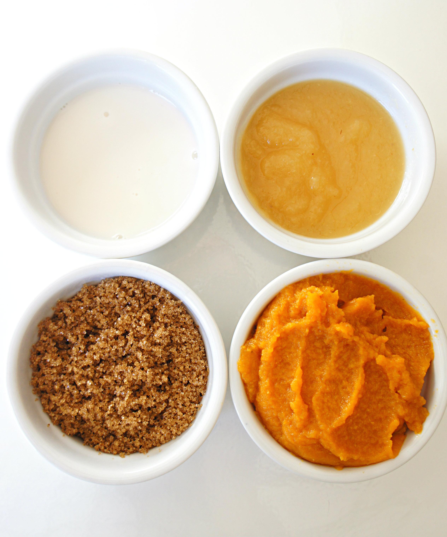 Healthy Mini Oatmeal Pumpkin Muffins
