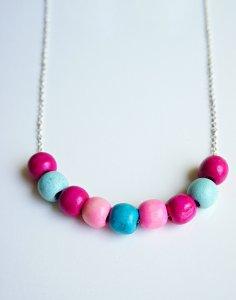 Fun DIY gumdrop bead necklace craft