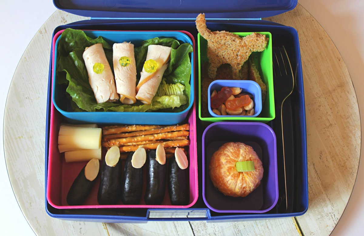 fun halloween bento lunchbox: Healthy lunches for kids and toddlers
