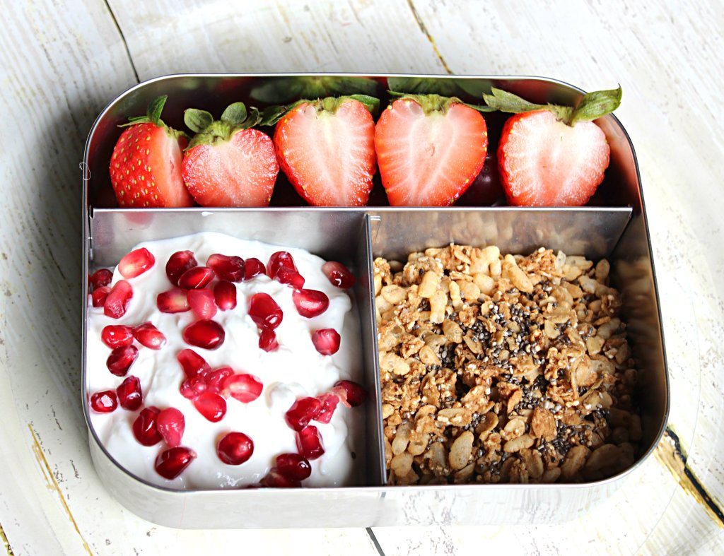 bento lunch box ideas for kids: yogurt Parfait