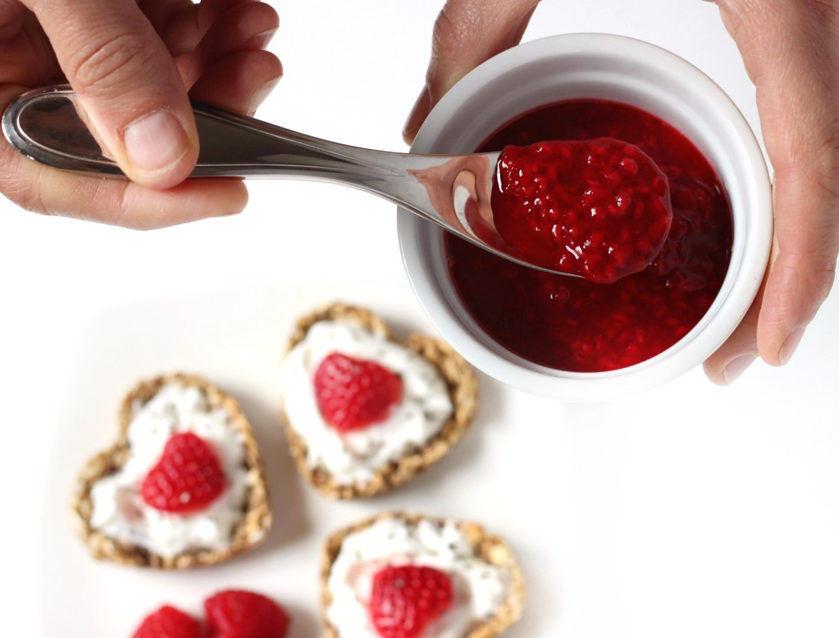 Strawberry Heart Shaped Greek Yogurt Parfait Oatmeal Cups