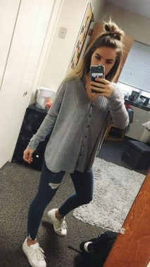Casual And Stylish Fall School Outfits Ideas For Teens 20